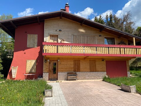 Villa in vendita in Via Fortino a Canove di Roana